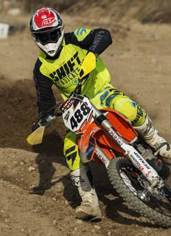 Majsan är en engagerad förälder i motocrossvärlden